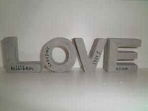 Love bokstäver 7x6,5cm 200kr med tryck + frakt